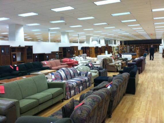 Chairity Friendraiser Luncheon For Dallas Furniture Bank Befun Bekind